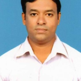 Dr Naveen P